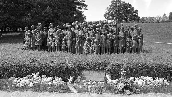Statue of Children of LIdice