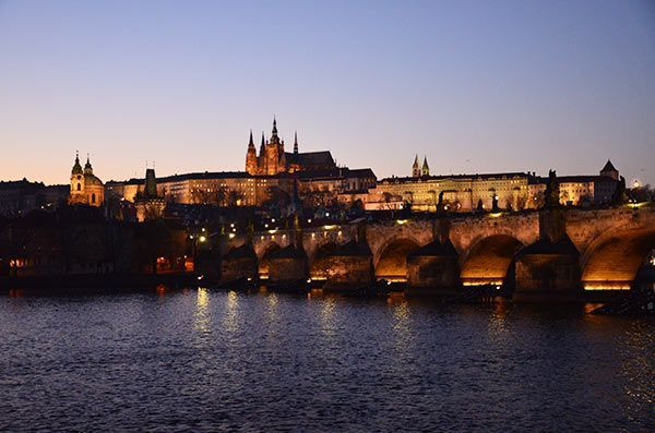 Prague evening tour by car with a guide
