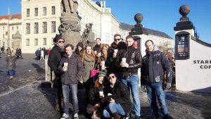 Eine Gruppe aus Sylt auf der gefürte Tour Prager Burg