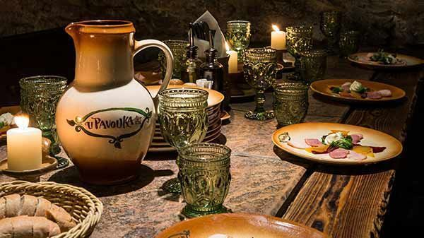 Unique medieval dinner in Prague with show