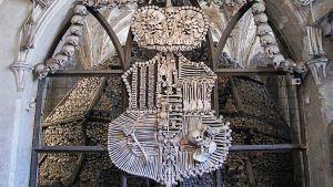 Coat of arms made of bones, guided tour from Prague, Guide4advanced.eu