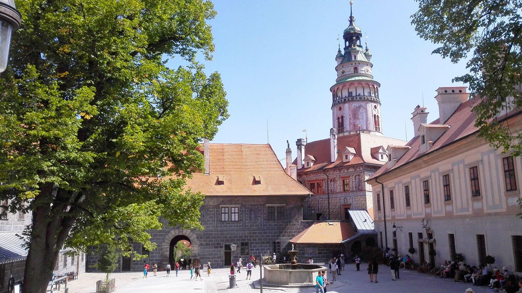 Český Krumlov, inner courtyard of the castle
