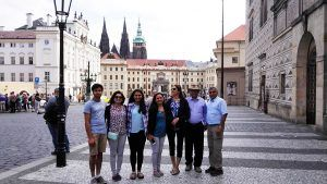 Family Moon in Prague, guided tour with Supreme Prague
