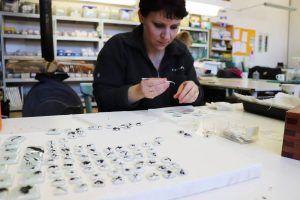 Make glass jewelry with Supreme Prague