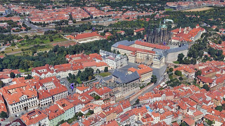 How to get to Prague castle, taxi stop at Hradčanské square, Supreme Prague
