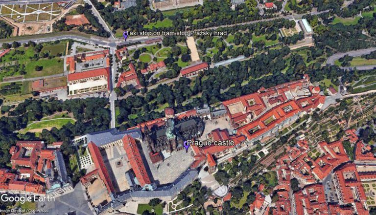 How to get to Prague castle, taxi stop at tram stop Prague castle, Supreme Prague