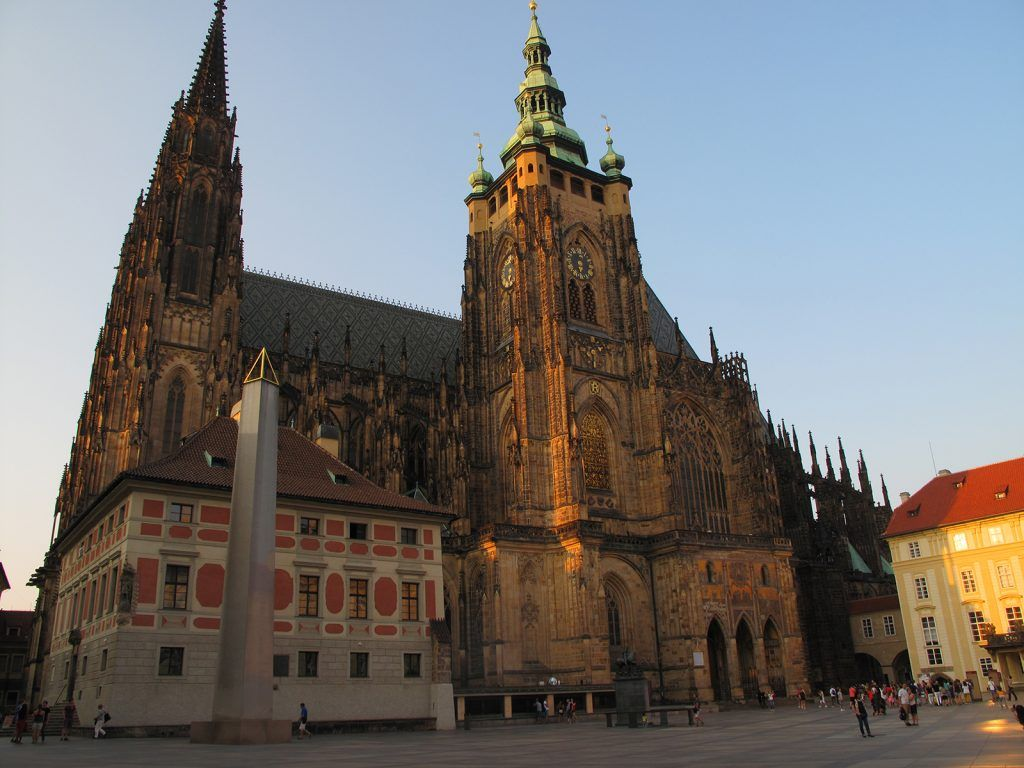 One ticket to Prague castle, including St. Vitus cathedral